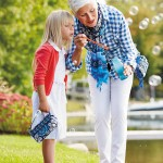 Mommy Deals: Save This Weekend On Vera Bradley Favorties